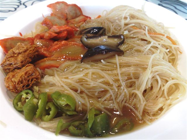 Vegetarian Beehoon... Only $1.80... yes, $1.80 only... Very nice.