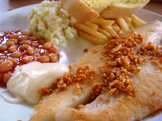 Very nice and flaky fish with no fishy smell and crunchy minced garlic toppings. Nice!!!