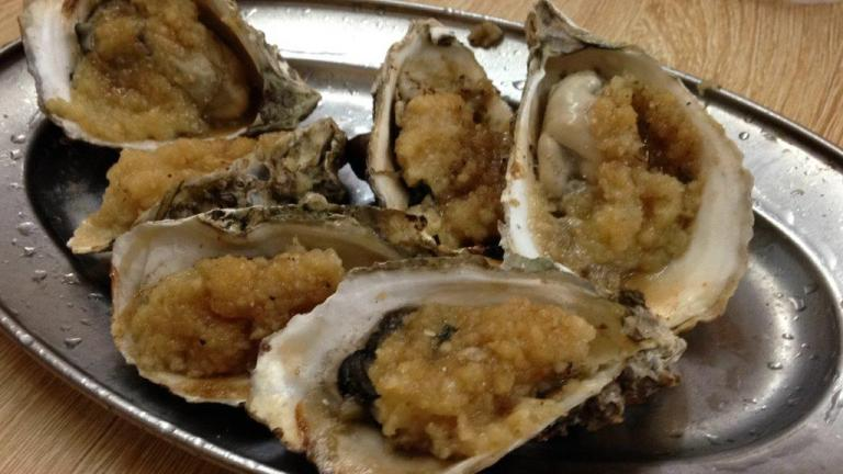 Oysters 6 for RMB10