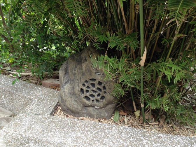 Hidden piped in music in the garden, which adds to the lovely ambience.