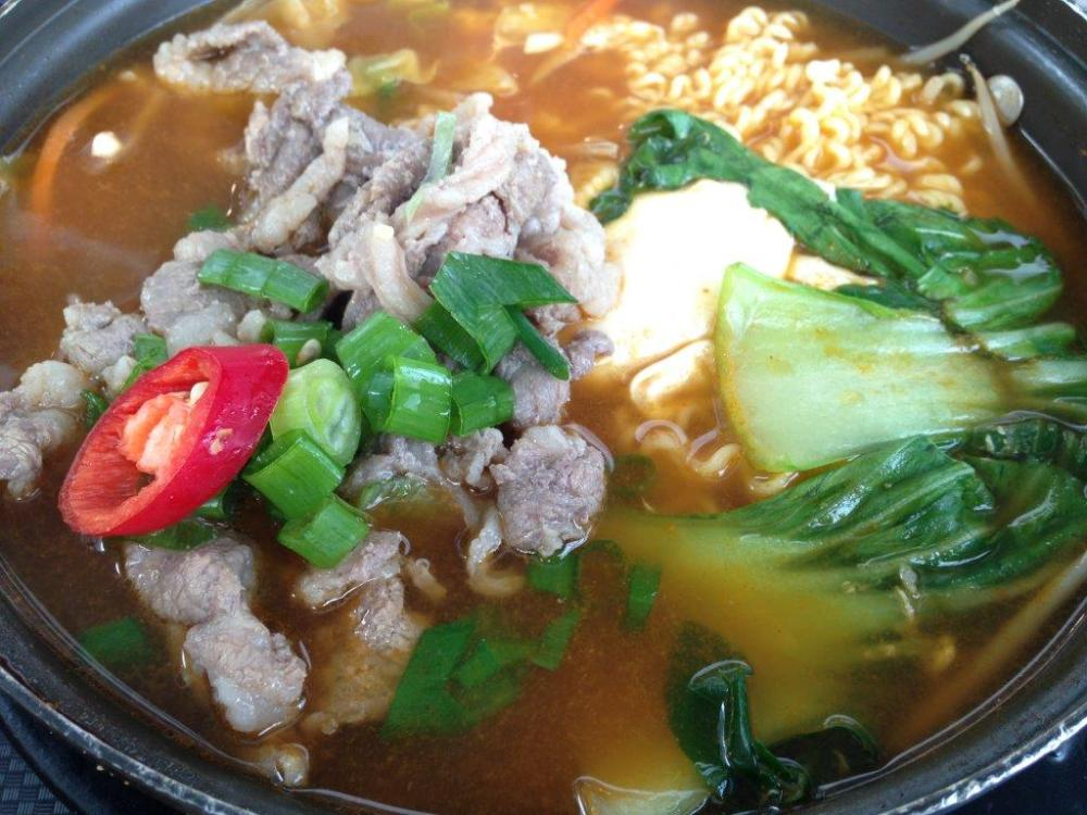 Korean Beef Noodles... Really con job, just add a few slices of beef, veg and egg with nongshim instant noodles, charged me HK$48 (S$8!) per bowl!