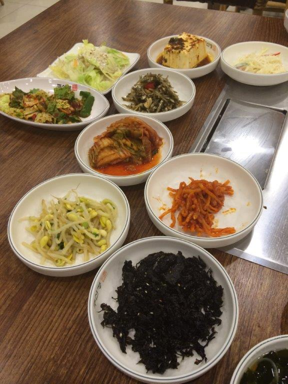 Side dishes also unlimited.