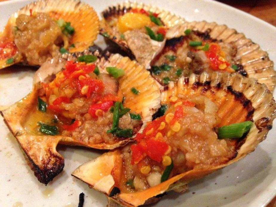 Scallops - Love the mix of garlic and chilli. Goes very well with seafood.