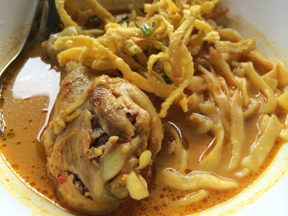 Khao Soi - Crispy yellow noodles in curry soup. This one is quite good but portions are small.