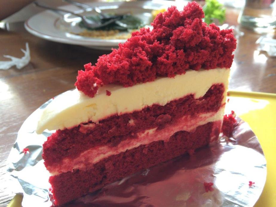 Red Velvet Cake - So so only.