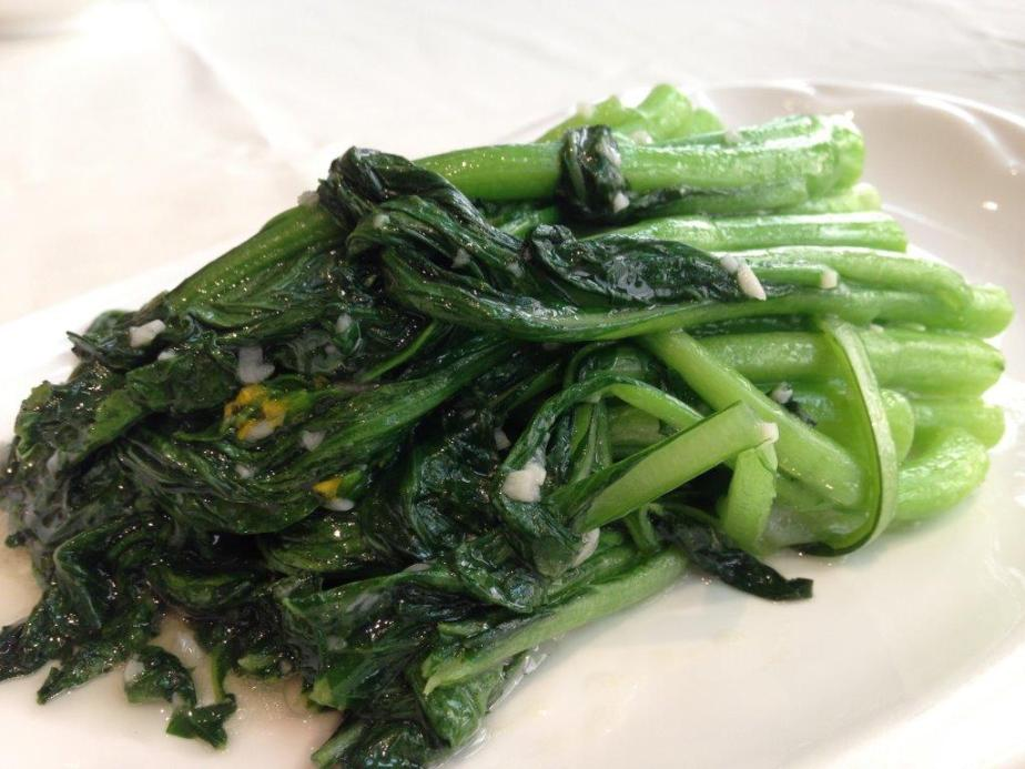 Choy sum fried with garlic