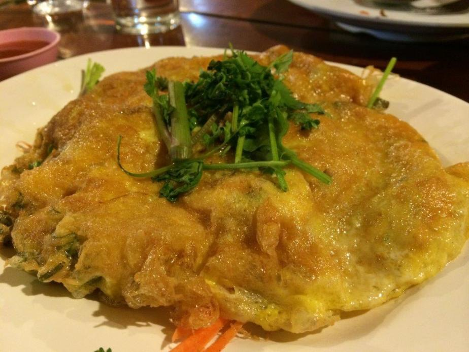 Fried omlelette witth minced pork - Can't go wrong