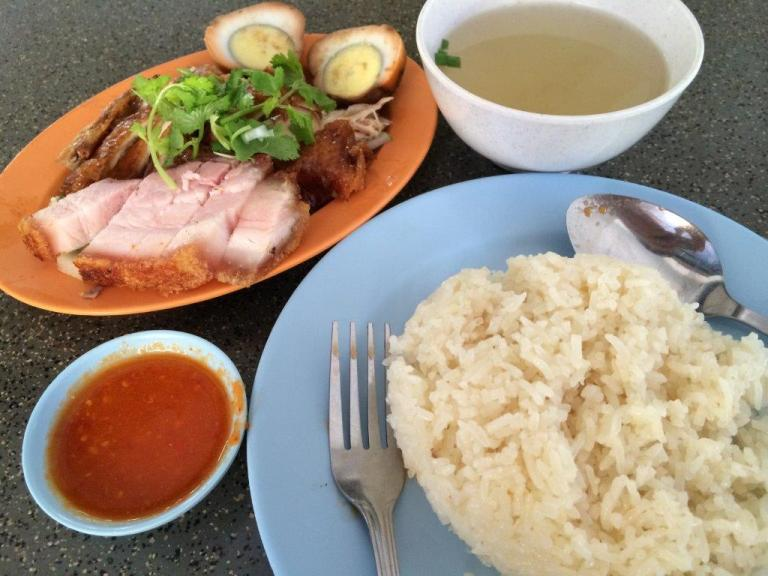 Ordered roast chicken with roast pork and an egg for S$5.
