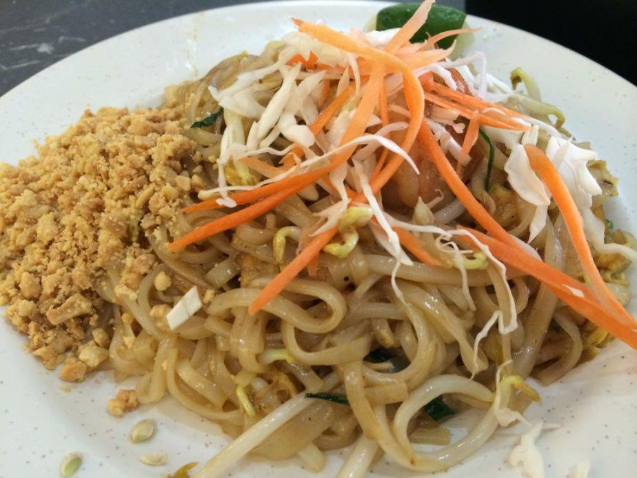 Pad Thai - Not like what I learnt in Thailand. A little tasteless, lack of the essential palm sugar and tamarind juice for that extra kick.