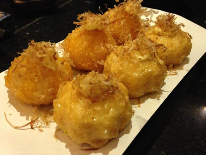 Cheese Balls/Uni Balls RMB$28 - Not a big fan. Cheese balls also not a lot of cheese. Can skip ordering this.
