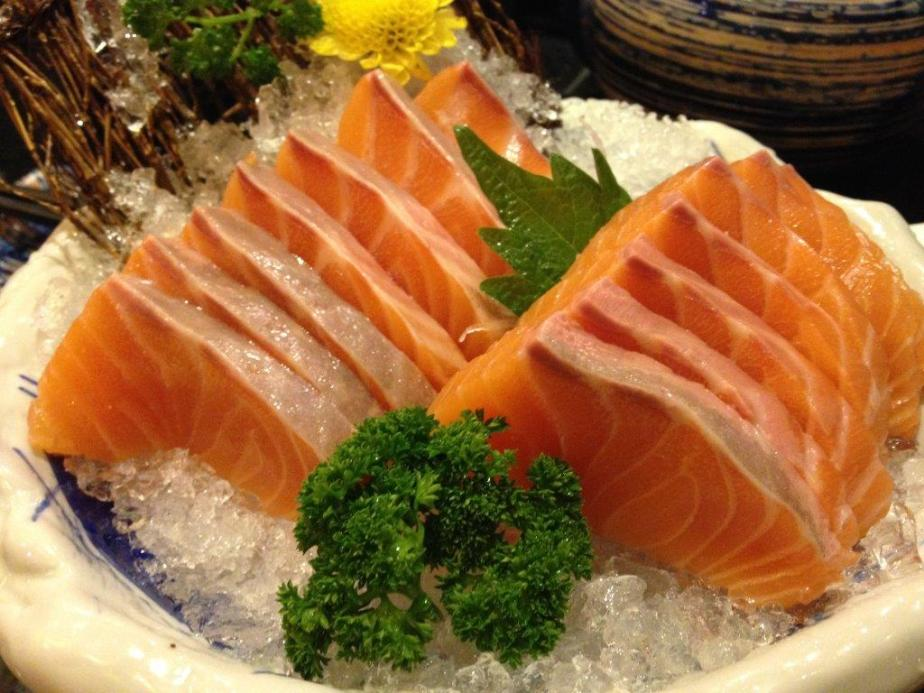 Salmon Sashimi RMB98 - Fresh and yummy!