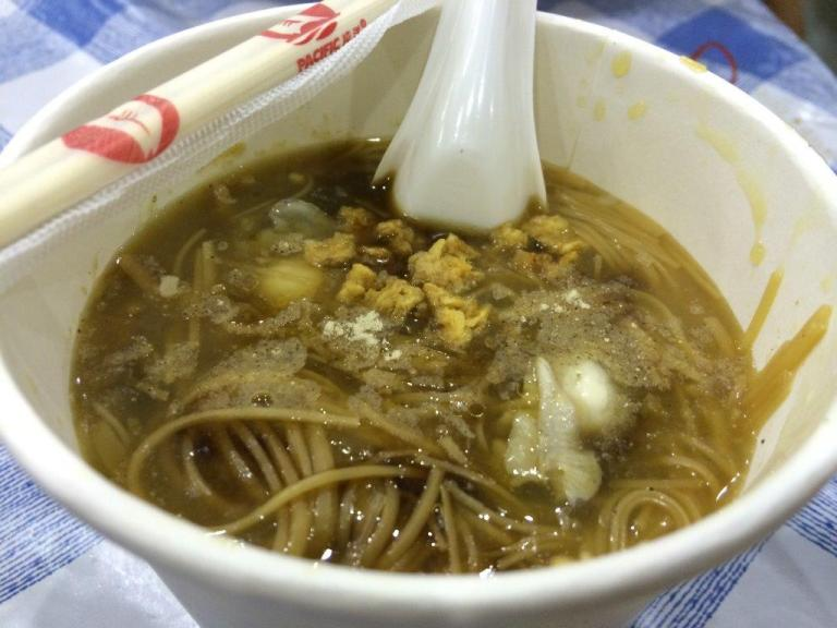 Taiwanese Oyster Mee Sua, quite yummy for only S$3.