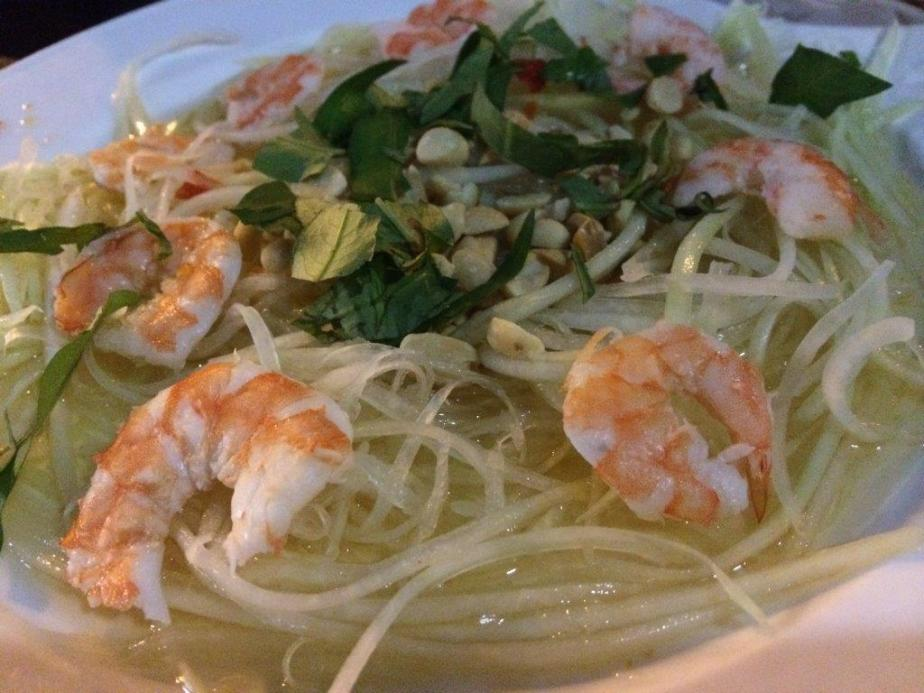 Papaya Salad $5.00 - The sourness from the green papaya blended with the savoury sweet fish sauce, nice...