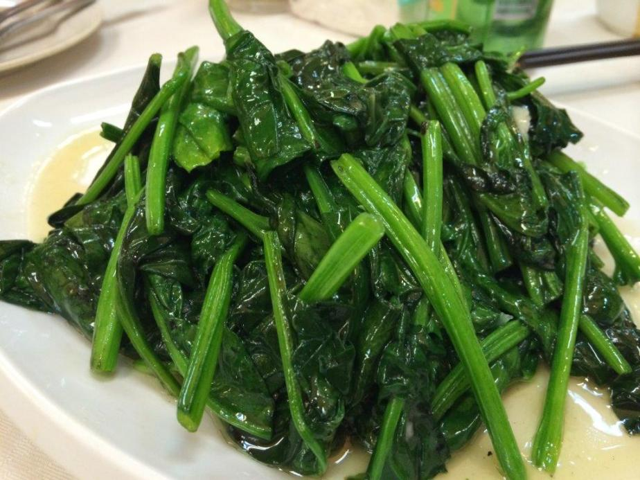 Asians love a plate of greens to go with their super duper meaty and oily dishes... $10