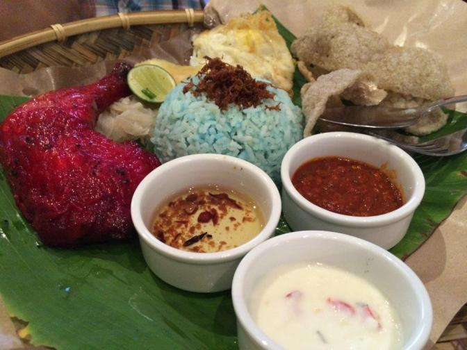 This signature dish of Nasi Ketuk has tandoori chicken version
