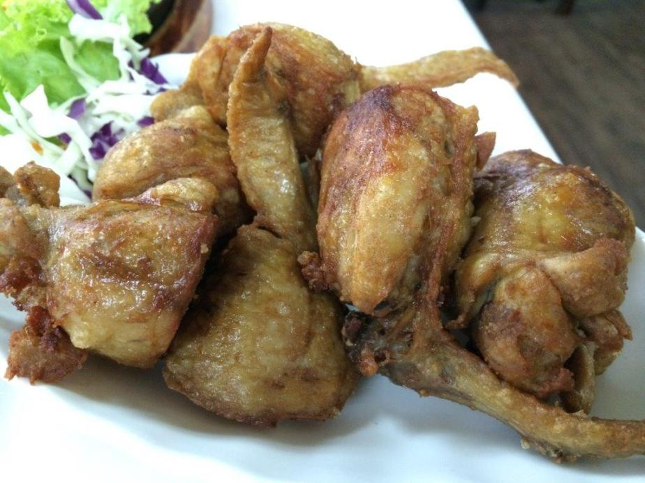 Stuffed Chicken Wings $10