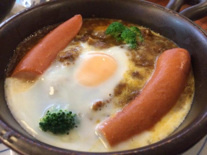 Hoshino Pot-Baked Curry Rice $15 - Curry is ok, sausage nothing special.