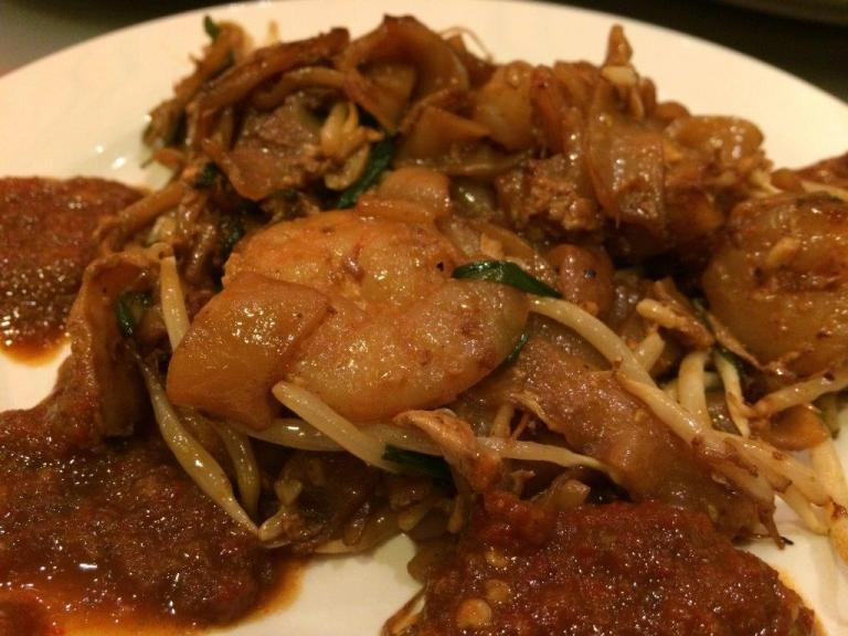 Fried Kway Teow with the 3 sambals