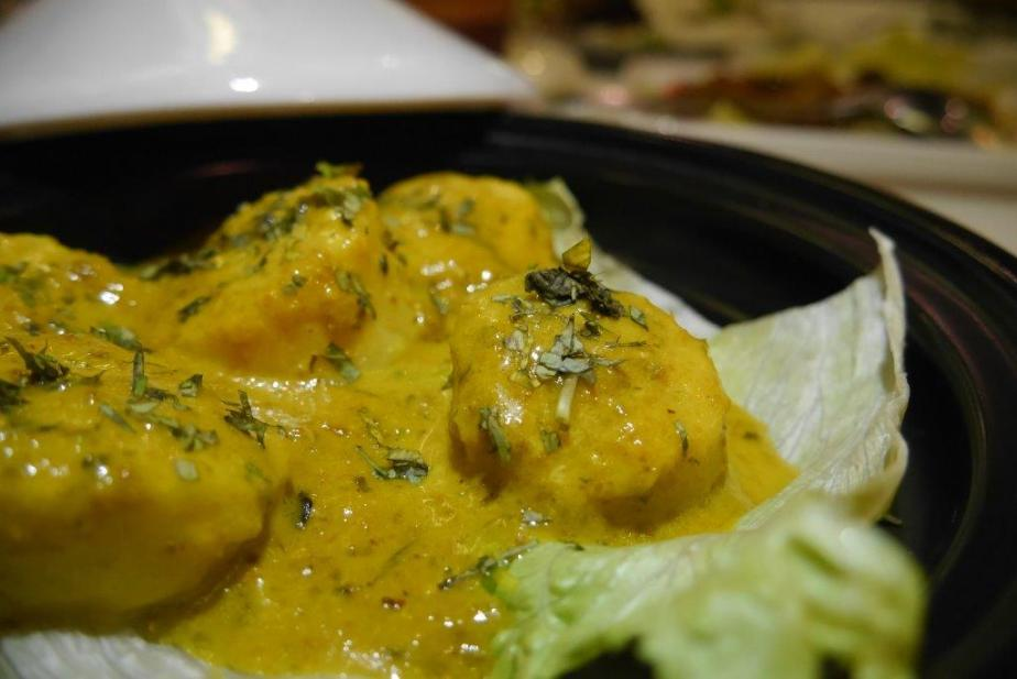 Scallops Lemak ($28) - This is currently only available at this outlet and was definitely a hit with the foodies. Fresh Japanese scallops cooked to perfection and douse in creamy peranakan lemak style. As mentioned on my instagram, I wallop the lettuce below as well cos they were soaked in the amazing sauce!