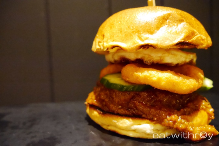 Satay Angus Burger ($28.90). Topped with onion rings, cucumber and an egg. Taste really good, love the satay sauce, patty is definitely hard-grounded and made as per order. Recommended medium rare to medium for the beef.