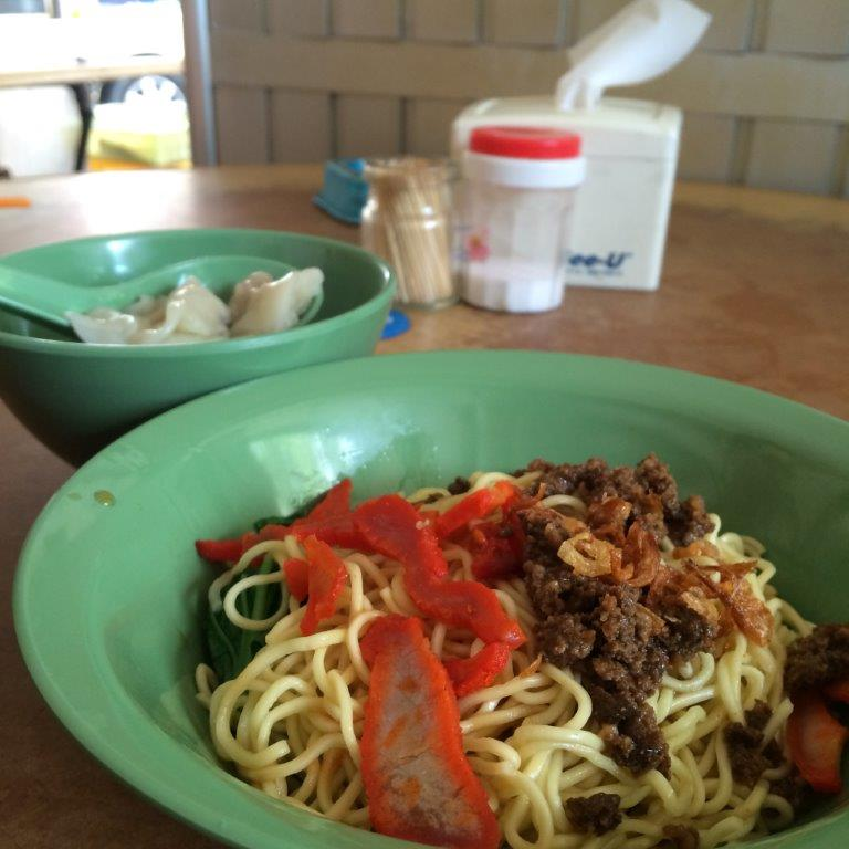 Wanton Mee otherwise known as Mie Pangsit in Indonesia. This one is ok at 16000 ($1.60)
