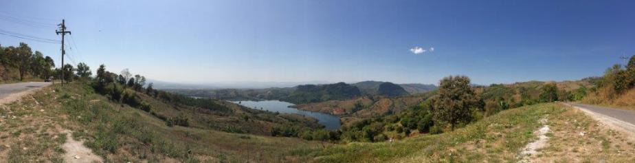 Pano shot of the view halfway up. Very nice lake.