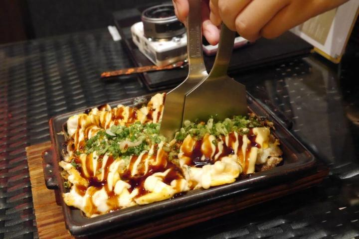 Hakata Tonpei Yaki - Love this dish a lot. It has layers of thinly sliced pork and veg. A little like Okonomiyaki but it's not. Very very yummy.