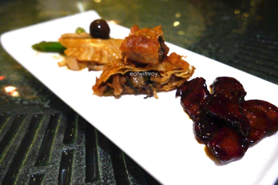 Vegetarian Platter. The mock char siew in front  is really good, the middle mock goose with shrooms fillings is delicious and the top mock kidney is really crunchy and tasty. Great starter dish!