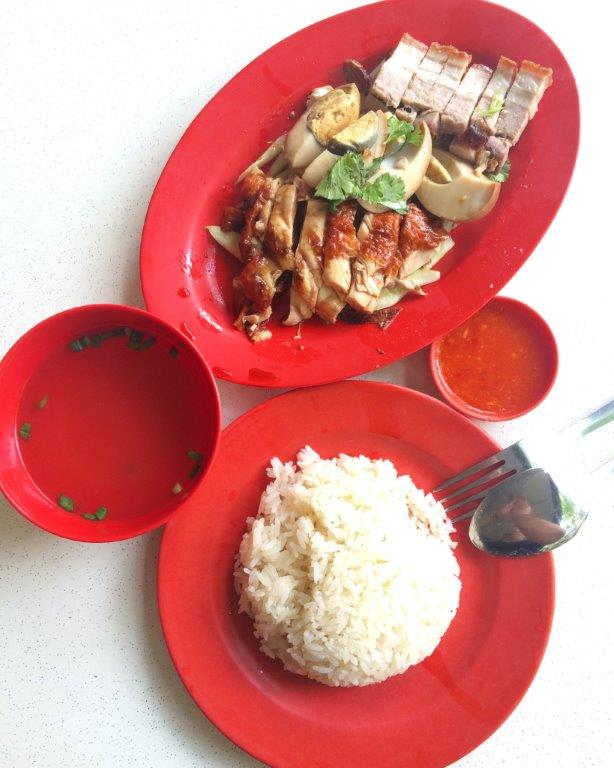 My regular order of roast chicken, sio bak and egg. A set like this cost only $5. Cheap right?