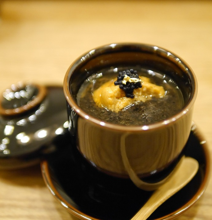 Chawanmushi with black truffle and uni... Damn shiok this one.